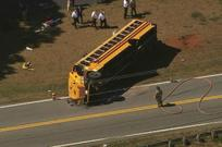 bus-crash_696096l.jpg